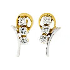 22k TT Gold .10ctw Round Brilliant Diamond Petite Flower Screwback Stud Earrings