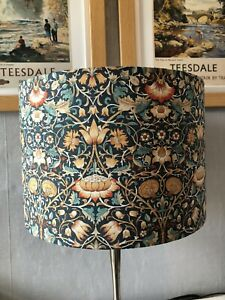 30cm Green/Navy/Russet Floral Shade with Leaves William Morris Design