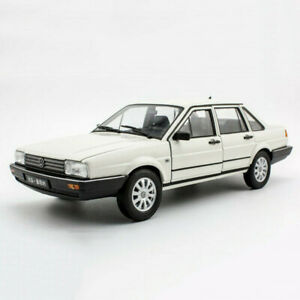 Willy 1/18 Volkswagen Santana Diecasting car model boy gift Collection Classic