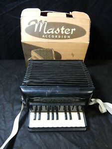 VINTAGE PROLL MASTER ACCORDION PROLL-O-TONE MASTER NO 240 KIDS TOY ACCORDION