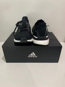 adidas mens ultraboost 19 US9 Black White