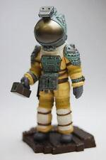 Alien Nostromo Space Suit Capsule Q Mini Figure ** IN HAND ** SHIPS FROM U.S. **
