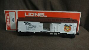Lionel #6-9852 Miller High Life Billboard Reefer (White & Brown) NIB