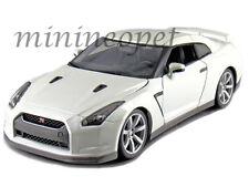 BBURAGO 18-12079 2009 09 NISSAN SKYLINE GT-R GTR R35 1/18 DIECAST MODEL WHITE