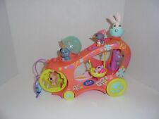 LITTLEST PET SHOP  MOBILE  PLAYGROUND ON WHEELS WITH 7 PETS,BED