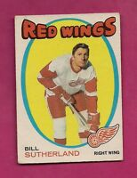 1971-72 OPC # 141 RED WINGS BILL SUTHERLAND  EX+  CARD  (INV# A718)