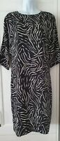 Womens Sosandar Black White Monochrome Relaxed Fit Tunic Dress With Pockets 14.