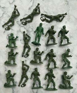 Vintage 1960s MPC Ringhand 54mm Plastic WWII US Army Green Soldier Lot