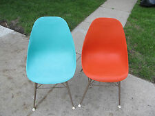 60s 2 Very Rare Vintage 1 Blue 1 Orange Sam Avedon Alladin Plastic Molded Chair