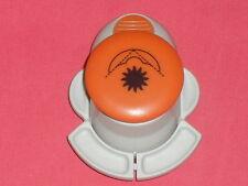 perforatrice d'angle (motif:soleil)  taille de la découpe (15x15mm)