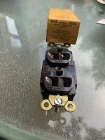 Hubbell - Specification Grade Duplex Receptacle - 5362 Brown - NEMA 5-20R - NOS