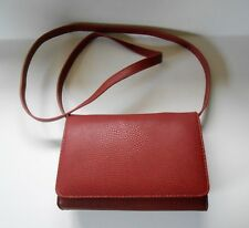 G.H.BASS Shoulder Bag cross body Red Pebbled Leather Removable Strap Card Slots