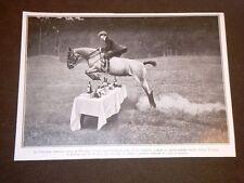 Principe Aimone nel 1909 Duca di Spoleto e figlio del Duca d'Aosta Salto cavallo