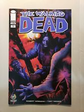 WALKING DEAD #1 Chicago 2015 Wizard World Comic Con Exclusive Variant Image