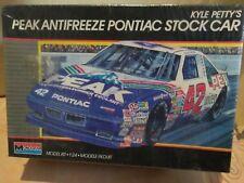 Monogram model kit scale 1/24 #42 Peak Antifreeze Pontiac Kyle Petty Stock car