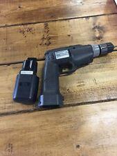 Black & Decker Industrial Univolt Cyclone 13.2 Volt Cordless Drill w/Charger
