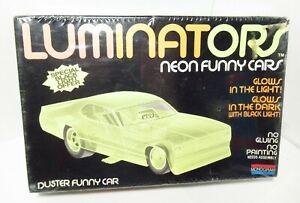 Monogram Luminators Neon Racers Plymouth Duster Funny Car Glow in the Dark 1991