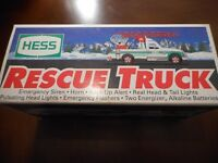 HESS RESCUE TRUCK1994 IN THE BOX NEW