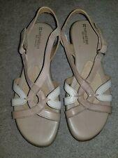 Naturalizer N5 Comfort Cooper Beige & Cream Sandals Size 8.5 W   EUC