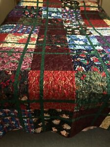 """Christmas Quilt  approx 90.5"""" sq."""