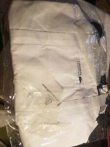 Lacoste Parfums White GWP Always On Weekender Sports Duffle Bag