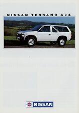 Nissan Terrano 4x4 1/88 1988 Prospekt Autoprospekt Broschüre brochure brosjyre