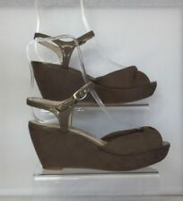 Marks and Spencer Suede Mid (1.5-3 in.) Women's Heels
