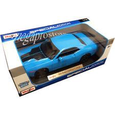 Maisto 2006 Dodge Challenger Concept 1:18 Diecast Model Car 36138 Blue