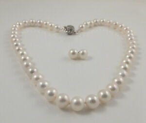 Fine Cultured White Round Freshwater Pearl Necklace & Sterling Silver Stud Set
