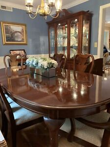 Beautiful Thomasville Solid Wood Cherry Dining Set and China Cabinet