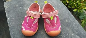 Clarks Doodles Water Shoes Size 5F