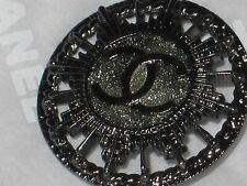 CHANEL AUTH  1 CC LOGO FRONT DARK SILVER SPARKLE  BUTTONS  20 MM  NEW