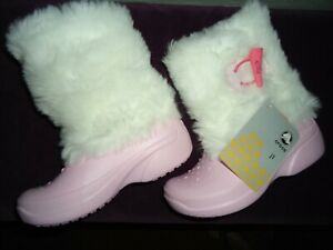 GIRLS  C 6/7 PINK FAUX FUR CROCS BOOTS SOLD OUT STORES GIFT!  NEW NWT