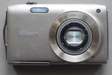 Nikon Coolpix s3300 Digital Camera broken without battery without charger