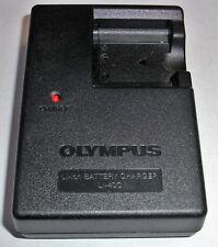 DIGITAL CAMERA BATTERY CHARGER GENUINE ORIGINAL OLYMPUS LI-40C FE280 FE340 FE20