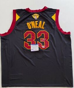 Shaq Shaquille O'Neal Signed Cleveland Cavaliers Jersey PSA 9A24312