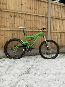 Santa Cruz Heckler Full Suspension Mountain Bike
