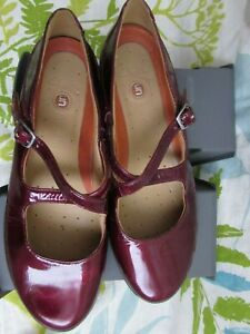 Clarks Un-Structured Patent Leather Mary Jane Shoes Size UK 5.5