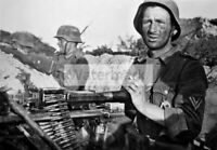 WWII photo machine-gunner of the 19th tank division of the Wehrmacht  592