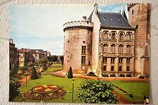 """CPM """" ANGOULÊME - Tour de Valois et les Jardins de l'Hôtel de Ville"""