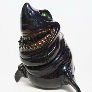 "Black Glitter Painter-Net x Kagemaru Design ""Megadon"" Shark Vinyl Sofubi Funko"