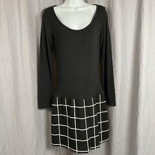 Women's Banana Republic Long sleeve Black and White Dress Size 2