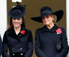 Queen Maxima of Netherlands & Catherine, Duchess of Cambridge photograph - M5026