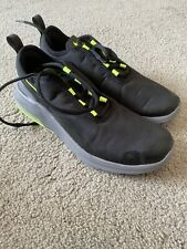 Boys Black And Green Nike Hardly Used Size 7