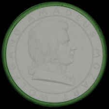 WOLFGANG AMADEUS MOZART: Medaille 1941, Porzellan - Meissen. 150. TODESTAG.