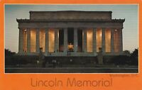"""*Washington Postcard-""""The Lincoln Memorial"""" ...Seated Statue of Abraham Lincoln/"""
