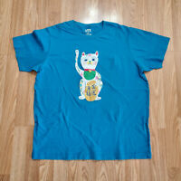 Mens Uniqlo UT Nippon Omiyage Japanese Cats T-Shirt size XL Blue Double Sided