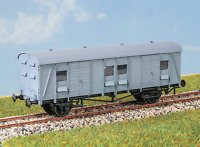 Parkside PC47 OO Gauge BR CCT Parcels Van Kit