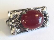 Vintage silver Arts & Crafts brooch, set with carnelian & with leaf surround
