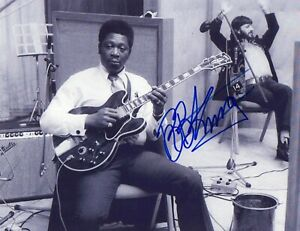 B.B. KING Blues Great PHOTO SIGNED with RINGO STARR
